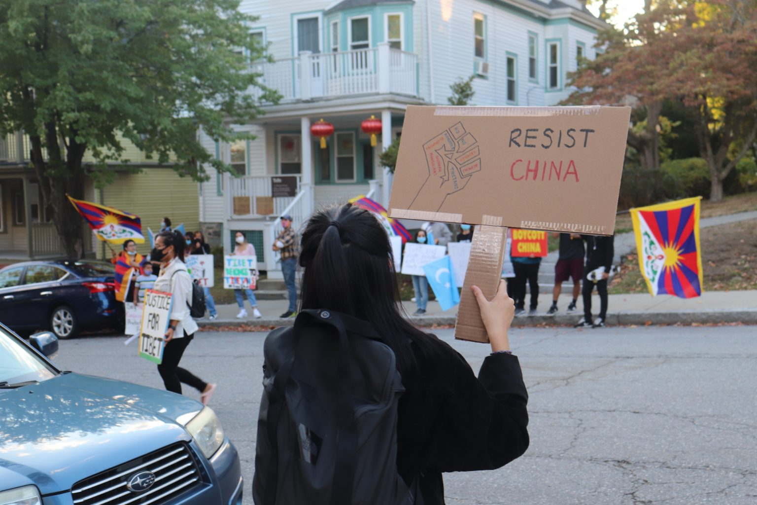 Tufts Daily | Demonstrators protest Confucius Institute at Tufts, claim it advances Chinese government's agenda